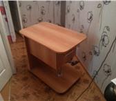 Фотография в Мебель и интерьер Кухонная мебель новый столик на колесиках с выдвижным ящиком. в Ижевске 3500