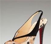 Фотография в Одежда и обувь Пошив, ремонт одежды Обновление брендовых сумочек и туфелек!  в Владивостоке 0
