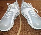 Foto в Одежда и обувь Женская обувь Кожаные кроссовки серого цвета,размер 39. в Бийске 2300
